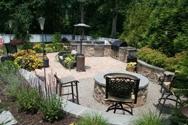 Outdoor space with Naturscaping and Container Plantings
