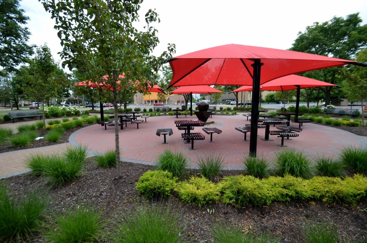 9 Polito Way Public Courtyard Tables and Seating