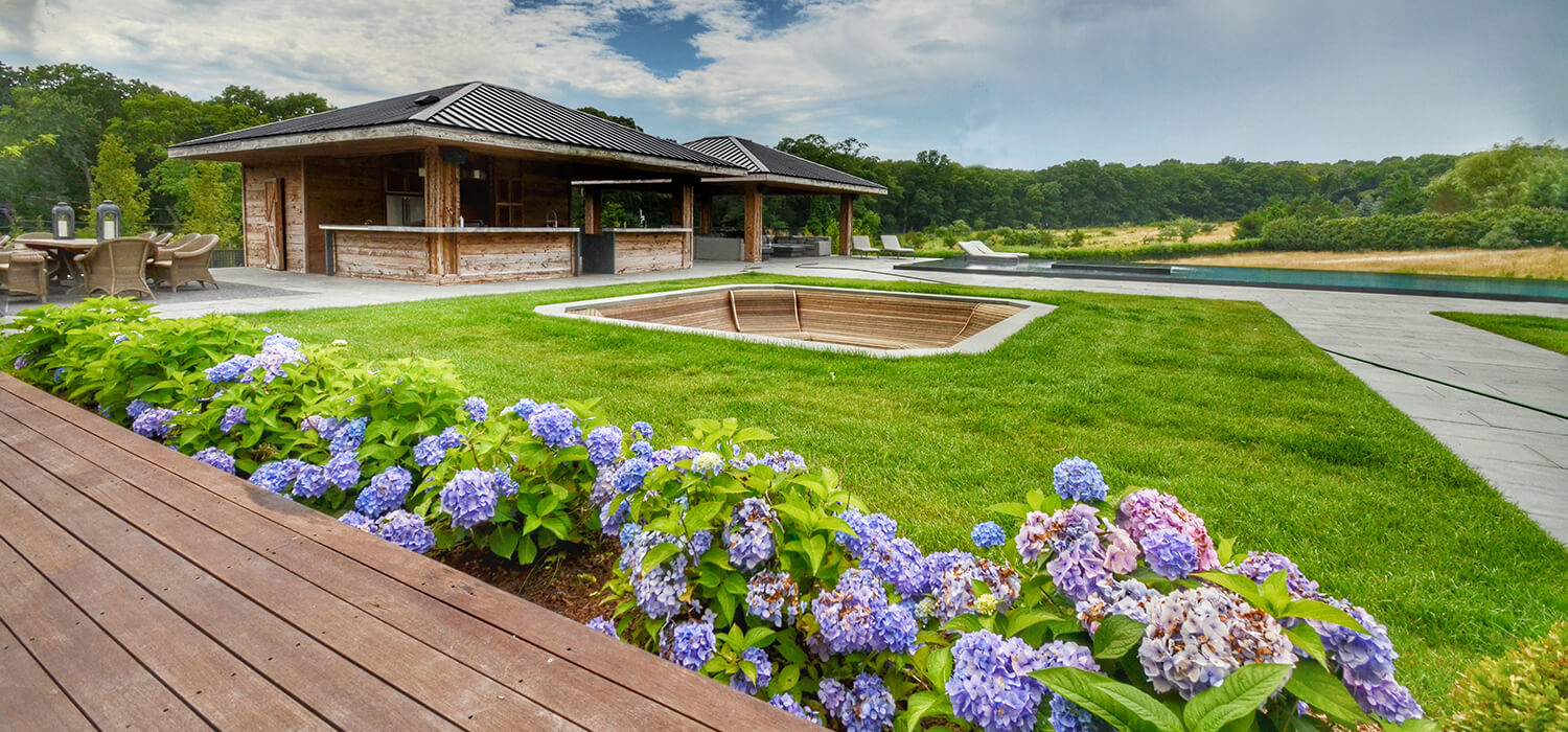 Luxury Landscaping - Property in Bridgehampton