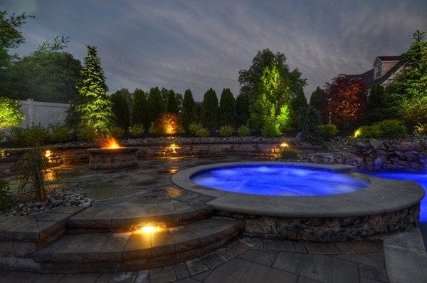 Custom Hardscaping Around Pool and Jacuzzi