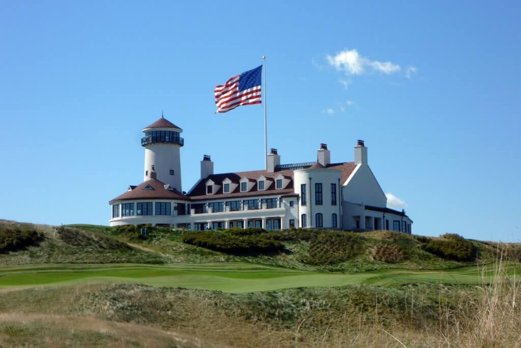 Bayonne Golf Club - Clubhouse