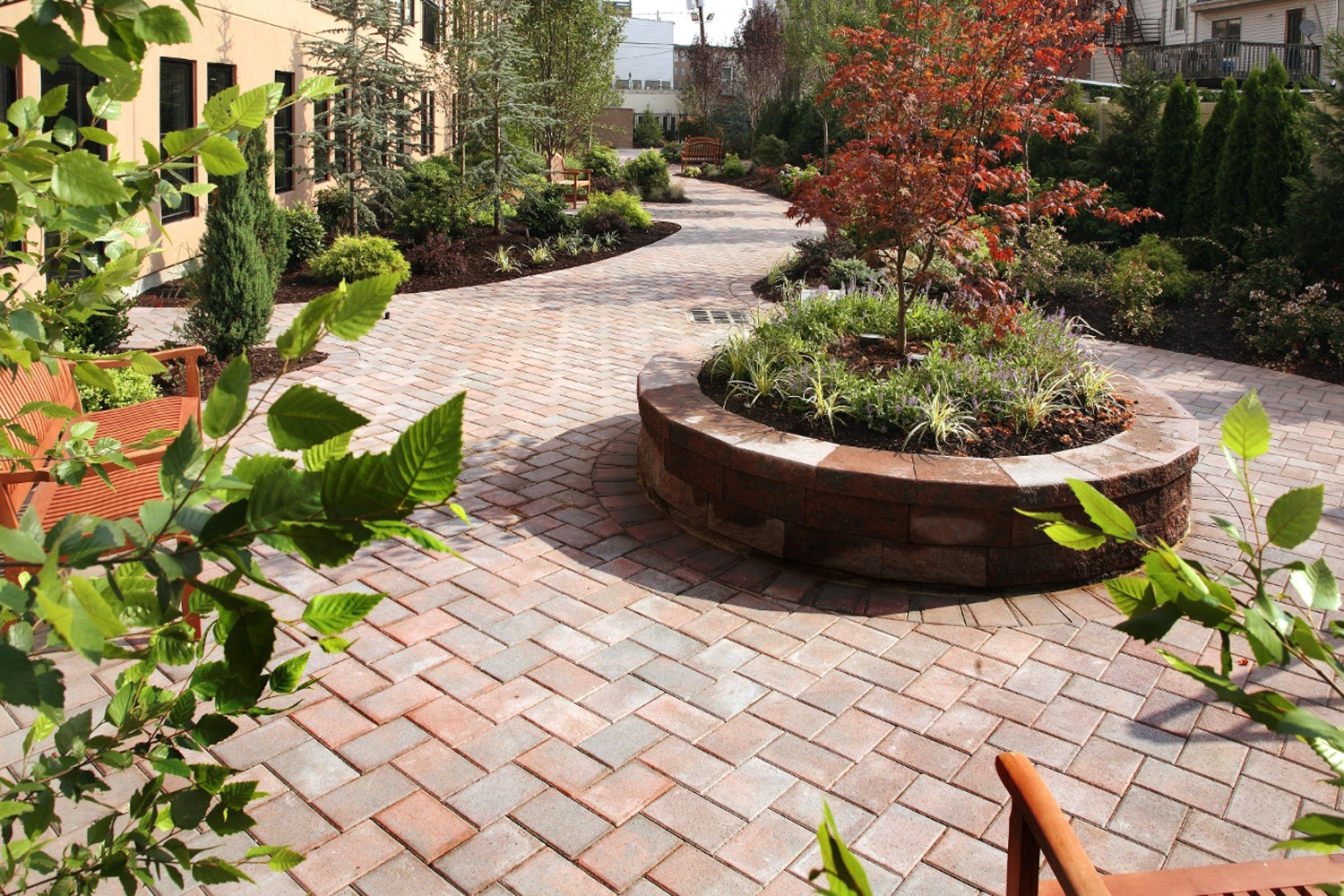 Hardscaping certification gives landscapers a competitive edge