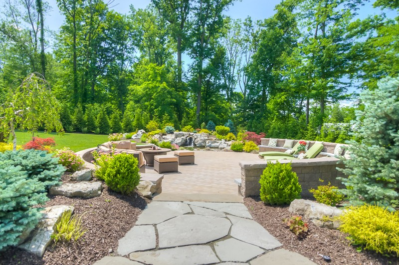 10 Great Ideas For Outdoor Entertaining Sponzilli