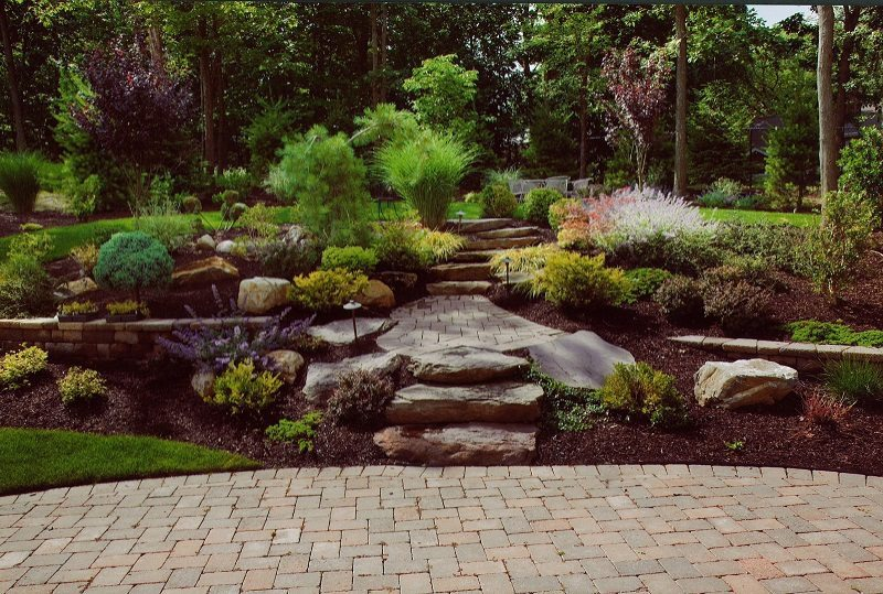Patio Retaining Wall and Steps - Stone Work