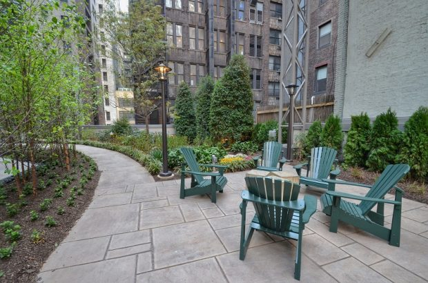 Urban Landscaping - Patio with Seating in NYC